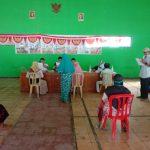 Antusias Masyarakat Penerima BST Tahun 2021 Di Desa Jeketro